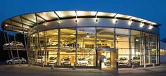 CONCESIONARIO DE COCHES. Car Showroom. Car Dealers, Visual Merchandising, Showroom, Exercises, Interiors, Mansions, Architecture, House Styles, Cars