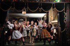 Folk Show with Dinner - DiscoverCracow.eu
