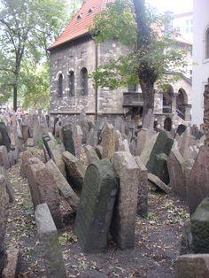 Old Jewish Cemetary, Jewish Quarter, Prague
