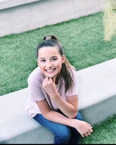 Annie leblanc Bratayley image by Discover all images by Find more awesome freetoedit images on PicsArt. Julianna Grace Leblanc, Hayley Leblanc, Annie Grace, Annie Lablanc, Annie Leblanc Outfits, Caleb Logan, Annie And Hayden, Hayden Summerall, Bratayley