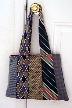 My version of the recycled neck tie purse/bag - PURSES, BAGS, WALLETS Necktie purse. Uses 10 neckties. I would like to make a regular tote and use ties for the handles. Necktie Purse, Necktie Quilt, Sewing Hacks, Sewing Crafts, Tape Crafts, Sewing Projects, Sacs Tote Bags, Old Ties, Diy Projects For Men