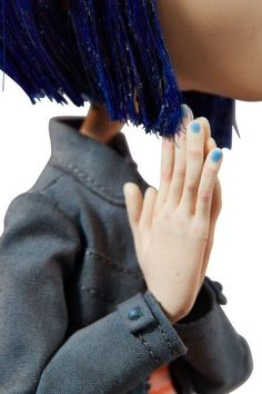 Animation Art:Maquette, Coraline in Jeans and Orange Striped Shirt OriginalPromotional Puppet and Book Group (LAIKA, (Total: Image Coraline Costume, Coraline Movie, Coraline Doll, Coraline Jones, Stop Motion, Movie Wallpapers, Cute Wallpapers, Coraline Neil Gaiman, Coraline Aesthetic