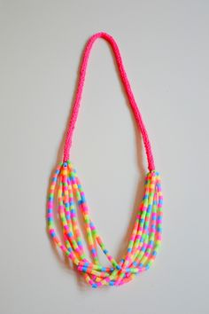 Funny chain made of neon-colored ironing beads and knitting tape . The Effective Pictures We Offe Diy Perler Beads, Pearler Beads, Fuse Beads, Summer Necklace, Diy Necklace, Kids Jewelry, Jewelry Making, Gold Jewelry, Bead Crafts