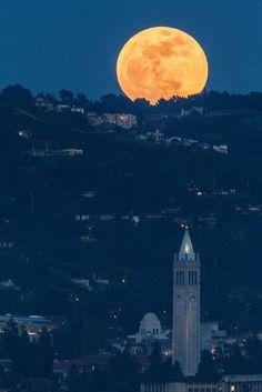 Full Super Moon rising over UC Berkeley Sather Tower Campanile and International House. Credit: Ira Serkes.