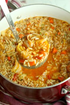 Simple rules for knowing when to eat a snack You feel hungry between meals (even in the evening) Feeling hungry between meals is normal for some people. So do not be embarrassed to eat something. But do not eat if you are… Continue Reading → Cabbage Roll Soup, Cabbage Soup Recipes, Cabbage Soup Diet, Cabbage Rolls, Gourmet Recipes, Diet Recipes, Cooking Recipes, Healthy Recipes, Chili Recipes