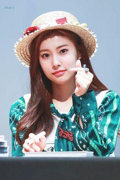 Photo album containing 12 pictures of Hyewon Kpop Girl Groups, Kpop Girls, Yein Lovelyz, Chuu Loona, Sakura Miyawaki, Fandom, Japanese Girl Group, Pledis Entertainment, First Girl