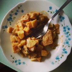 #curry de navet et radis noirs pommes de terre lentilles corail crème de Coco #vegan et super bon