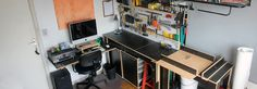 Small woodshop. www.maxtango.com.br Tango, Desk, Furniture, Home Decor, Woodworking, Writing Table, Homemade Home Decor, Writing Desk, Home Furnishings