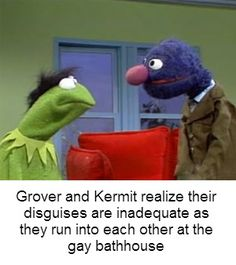 Classic Sesame Street - Grover Gives Kermit a Hair Piece Messed Up Memes, Dark Humour Memes, Stupid Funny Memes, Hilarious, Funny Stuff, Funny Things, Random Stuff, Random Things, Piglets