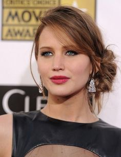 How to DIY Jennifer Lawrence's Sexy Loose Low Bun—Its Easier Than You Think!