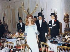vintage everyday: Rare Photos from a 1972 Rothschild Illuminati Party