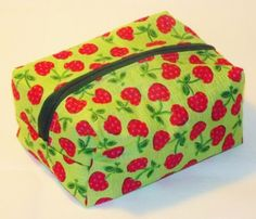 How To Sew A Zippered Cosmetic Bag – Free Video Sewing Tutorial by Amber Barker