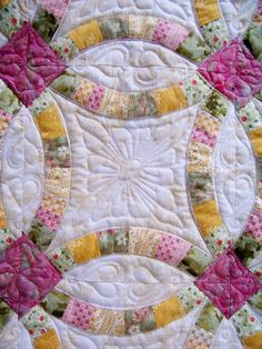 What a gorgeous color scheme for a wedding ring quilt. I love the way she used t… What a gorgeous color scheme for a wedding ring quilt. I love the way she used the prints and the subtleness of the background print! Longarm Quilting, Free Motion Quilting, Quilting Tips, Quilting Projects, Hand Quilting, Gold Knot Ring, Wedding Ring Quilt, Wedding Quilts, Double Wedding Rings