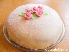 Panna Cotta, Cake, Ethnic Recipes, Den, Desserts, Food, Tailgate Desserts, Dulce De Leche, Deserts