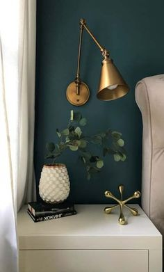 Dark Green Walls, Blue Accent Walls, Teal Walls, Dark Walls, Light Walls, Dark Green Living Room, Color Walls, Accent Colors, White Walls