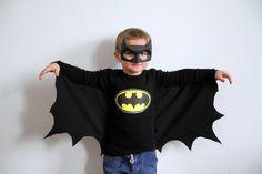 batman hand made Costume Batman, Batman Costume For Kids, Batman Halloween, Family Halloween Costumes, Diy Costumes, Girl Halloween, Halloween Makeup, Batgirl Mask, Batman Mask