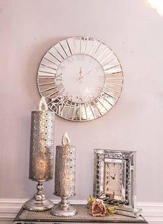 En unik og trendy nettbutikk som setter pris på vakre og unike ting Mirror, Chic, Furniture, Home Decor, Shabby Chic, Elegant, Classy, Interior Design, Home Interior Design