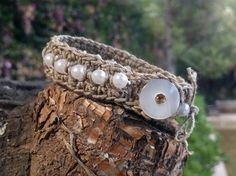 crocheted bracelet linen thread acrylic beads