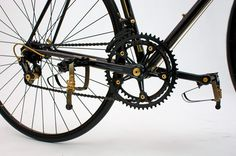 """mooiefietsennicebikes: """"Cinelli black and gold http://www.speedbicycles.ch/"""""""