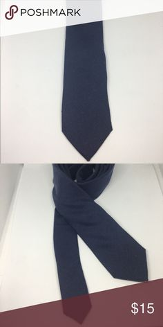 Blue solid Secure your status as an urban trendsetter in this skinny tie from Knots For Him. The perfect accompaniment to your favorite slim fit suit, it's a knockout look for your next dressy event.   Product Details   Color          Blue  Matirial       100% Cotton Accessories Ties