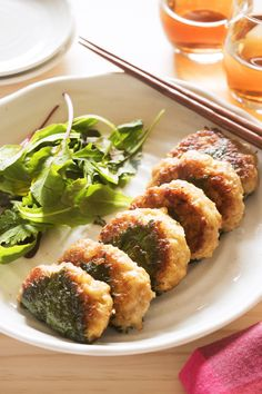 たけのこと大葉の味噌つくね by 吉田 めぐみ 「写真がきれい」×「つくりやすい」×「美味しい」お料理と出会えるレシピサイト「Nadia | ナディア」プロの料理を無料で検索。実用的な節約簡単レシピからおもてなしレシピまで。有名レシピブロガーの料理動画も満載!お気に入りのレシピが保存できるSNS。