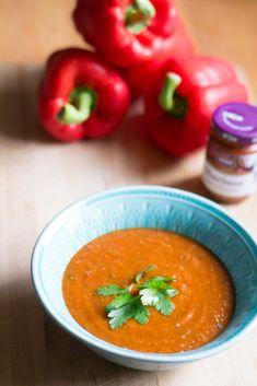 Paahdettu paprika-linssikeitto - Keittiössä, kotona ja puutarhassa Curry, Ethnic Recipes, Food, Curries, Essen, Meals, Yemek, Eten