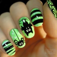 With this manicure you can't mistake for Halloween. Black color and scary motives like bats and spiders are the symbols of Halloween. Neon Green Nails, Green Nail Art, Nail Art Designs 2016, Black Nail Designs, Halloween Nail Designs, Halloween Nail Art, Halloween Spider, Halloween Party, Halloween 2019