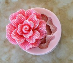 Flower Flexible Silicone Mold, Molds, Nautical, Beach, Ocean, Animal, Crafts, Jewelry, Scrapbooking, Soap, Resin, Polymer Clay Item size 1-3/4 Diameter X 3/8 Thick Mold size 2 Diameter x 5/8 Thick We offer all of our molds in food grade and non food grade silicone. You can use the