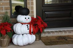What a cute idea--give those Halloween pumpkins a second life as snowmen at Christmastime!!