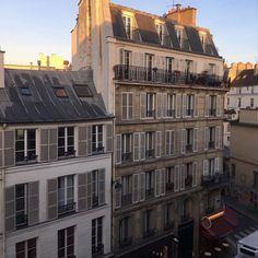 Multi Story Building, Paris, Aesthetics, Montmartre Paris, Paris France