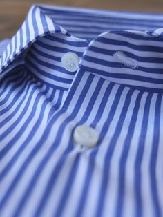 Details - hand made button holes by G.Inglese