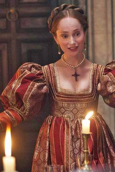 the borgias. Renaissance Time, Renaissance Clothing, Renaissance Fashion, Italian Renaissance, Historical Costume, Historical Clothing, Los Borgia, Madonna, 17th Century Fashion