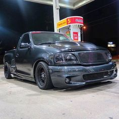 Custom Pickup Trucks, Suv Trucks, Ford Pickup Trucks, Diesel Trucks, F150 Truck, Ford Lightning, Ride The Lightning, Zeus Lightning, Ford Svt
