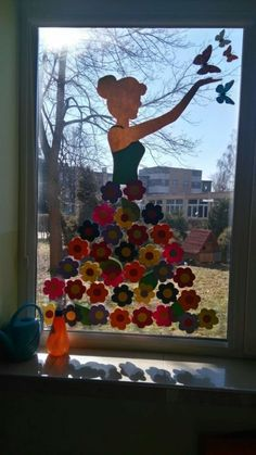 24 Excuisite DIY Easter window decorations you need to copy from ASAP – Hike n Dip - Frühlings Dekoration Easy Easter Crafts, Spring Crafts For Kids, Bunny Crafts, Diy For Kids, Decoration Creche, Diy Easter Decorations, Board Decoration, Class Decoration, Diy Osterschmuck