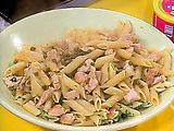 CHICKEN PICCATA PASTA TOSS   oh, this is so good and uses so many things that i keep on hand.