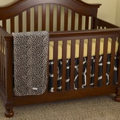 Give your child a fun and wild room theme with this adorable crib set from Cotton Tale. With two different animal prints and breathable, comfortable materials, this classic Sumba set is the perfect choice for any child and any nursery.