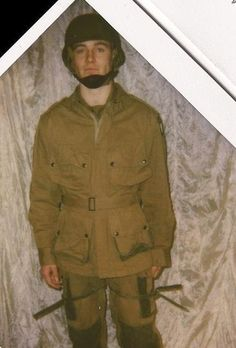 A very young and adorable Michael - Band of Brothers (2001)