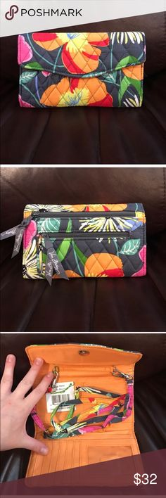 NWT Vera Bradley strap wallet jazzy blooms NWT Vera Bradley strap wallet jazzy blooms Vera Bradley Bags Wallets