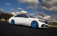 Download wallpapers Mercedes-AMG S63, 2018 cars, tuning, Forgiato Wheels, Piatto-M, blue wheels, S63, W222, Mercedes