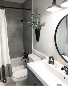 Amazing DIY Bathroom Ideas, Bathroom Decor, Bathroom Remodel and Bathroom Projects to assist inspire your master bathroom dreams and goals. Apartment Bathroom Design, Small Bathroom Interior, Diy Bathroom Decor, Bathroom Design Small, Bathroom Inspo, Bathroom Organization, Simple Bathroom, Bathroom Storage, Budget Bathroom