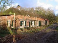 A farmhouse with a typical long front in the hamlet Vliet, near Veldhoven.  Date6 January 2008 AuthorA ansems