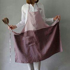 Sewing Aprons, Sewing Clothes, Creative Textiles, Leather Workshop, Linen Apron, Apron Designs, Apron Dress, Diy Clothing, Diy Fashion