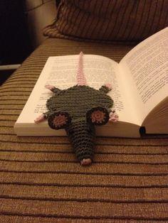 Maaksels: 'Geplette' muis (boekenlegger)