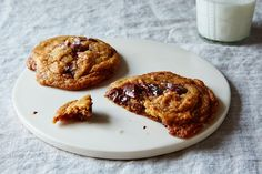 World, this is the genius chocolate chip cookie we've been waiting for.