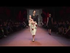 Dolce&Gabbana Winter 2016 Women's Fashion Show - http://knowabouttheglow.com/fashion/dolcegabbana-winter-2016-womens-fashion-show/