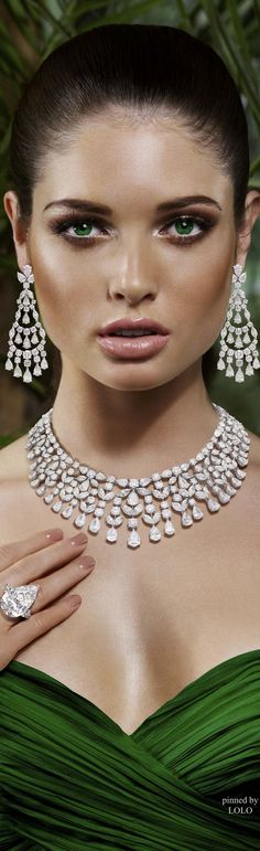 For more Breathtaking Diamond Photo's visit http://svpicks.com/diamond-photos-hd/ http://glamourstone.net/