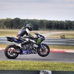 Hitting the track🏁 Photo credit to @sportyxr👈 Hashtag #2WP for a chance to get featured. #motorbike #motorcycle #sportsbike #dirtbike #supermoto #yamaha #honda #suzuki #kawasaki #triumph #ducati #harleydavidson #aprilia #ktm #bmw #buell #husqvarna #r1 #r6 #gsxr #panigale #trackbike #cbr #ninja #monster #streettriple #daytona #bikelife #TwoWheelPassion