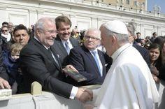Wie ein Buch aus Zeitz Papst Franziskus erfreute