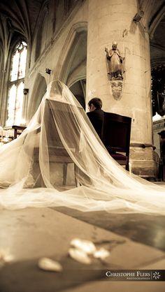 photographe-mariage1.jpg Quelles astuces pour organiser votre mariage sur http://yesidomariage.com