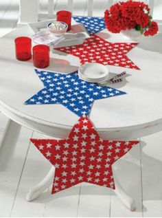 Mystic Stars Tablerunner (or Placemats)